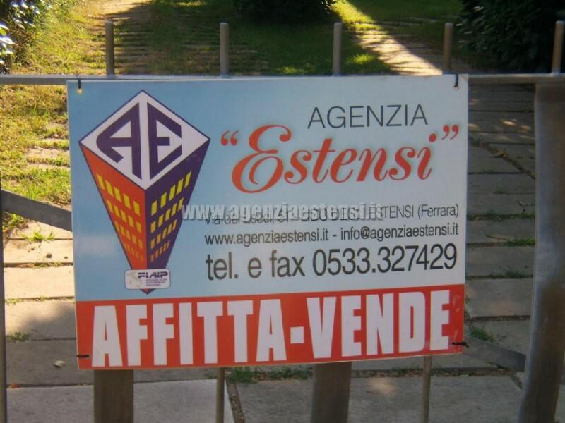 » Villetta ULIVI: affittasi villetta quadrilocale indipendente con ampio scoperto attrezzato e doppi servizi.