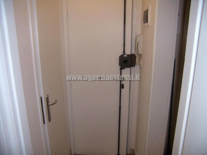 porta d'ingresso con chiusura di sicurezza