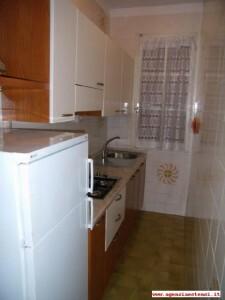 piano terra: cucina finestrata